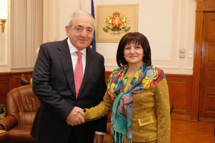 Working meeting of Mr. Asaf Hajiyev, PABSEC Secretary General, with Mrs. Tsveta Karayancheva, PABSEC President, President of the National Assembly of the Republic of Bulgaria, Sofia, 18 November 2019.