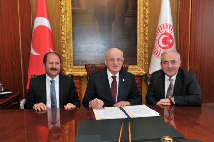 Visit of Mr. Asaf HAJIYEV, PABSEC Secretary General, to the Speaker of the Grand National Assembly of Turkey, Mr. İsmail KAHRAMAN, and the Head of the Turkish PABSEC Delegation Mr. Ramazan CAN, Ankara, 21 January 2016